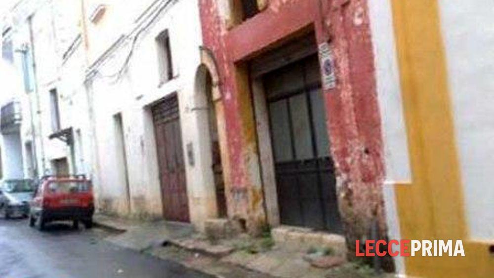 Un colpo di fucile contro casa di marocchini: s'indaga