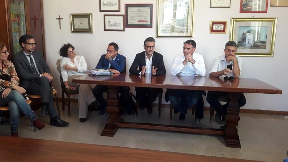 """Nuovo fronte comune dei sindaci: """"No ad impianto di compostaggio a Cavallino"""" - LeccePrima"""